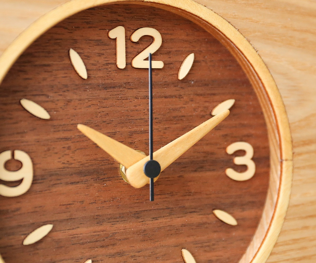 Ash hanging table clock MK